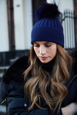 Navy SINGLE Bobble Hat