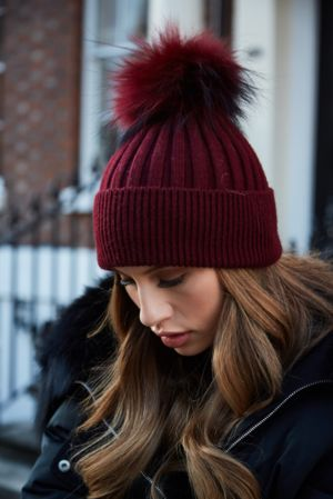Burgundy SINGLE Bobble Hat