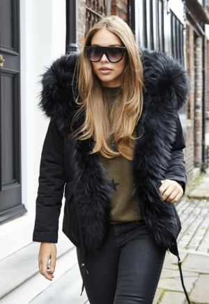 Luxury Black Parka With Black Fur