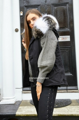 Black Parka GILET With Giant Stripe Fur