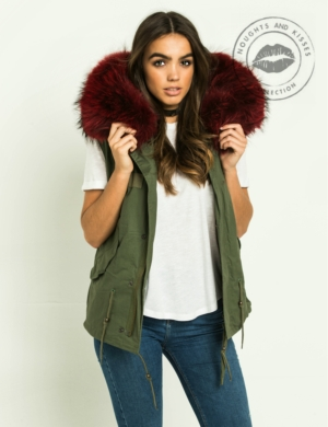 Kahki Parka GILET With Giant Red Fur