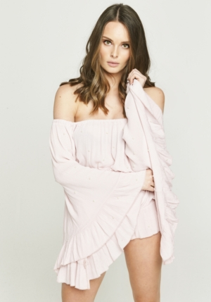 Pearl Pale Pink Top With Wide Sleeves