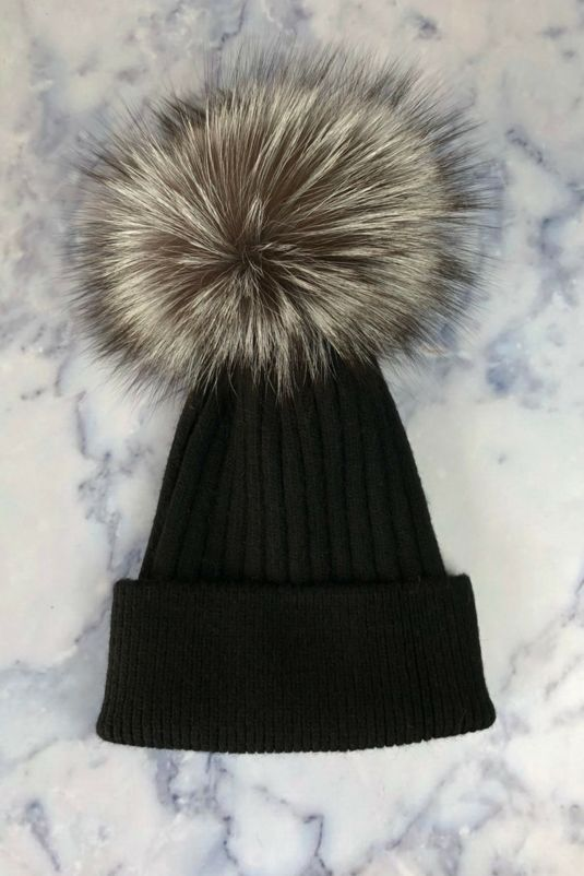 **LIMITED EDITION** Silver Fox & Black Bobble Hat