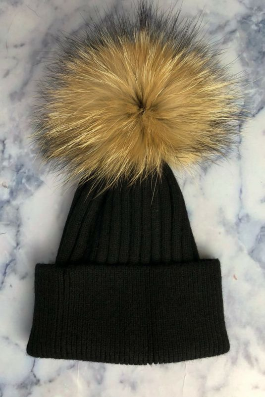 Black SINGLE Bobble Hat