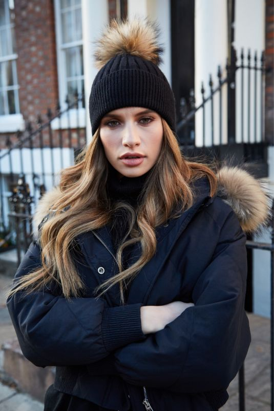Black & Natural SINGLE Bobble Hat