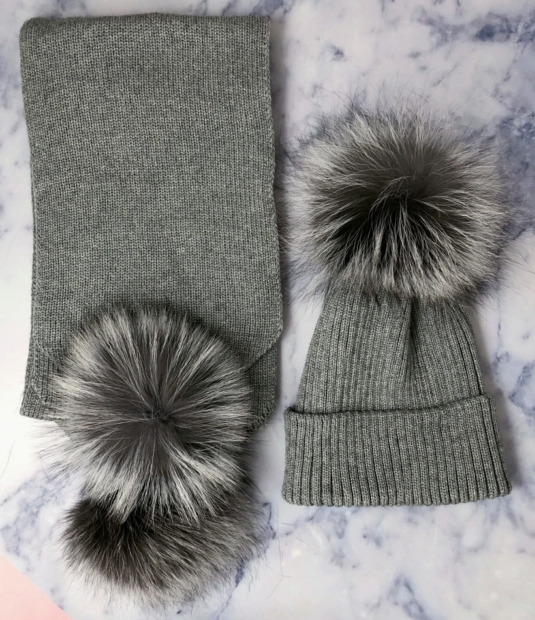 ADULT Silver Fox & Grey Bobble Hat & Scarf SET